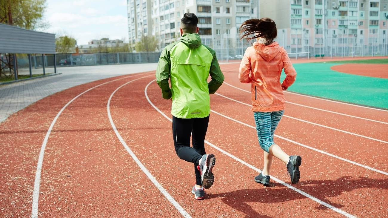 ¿Cómo elegir las mejores fajas deportivas de compresión para running y atletas?