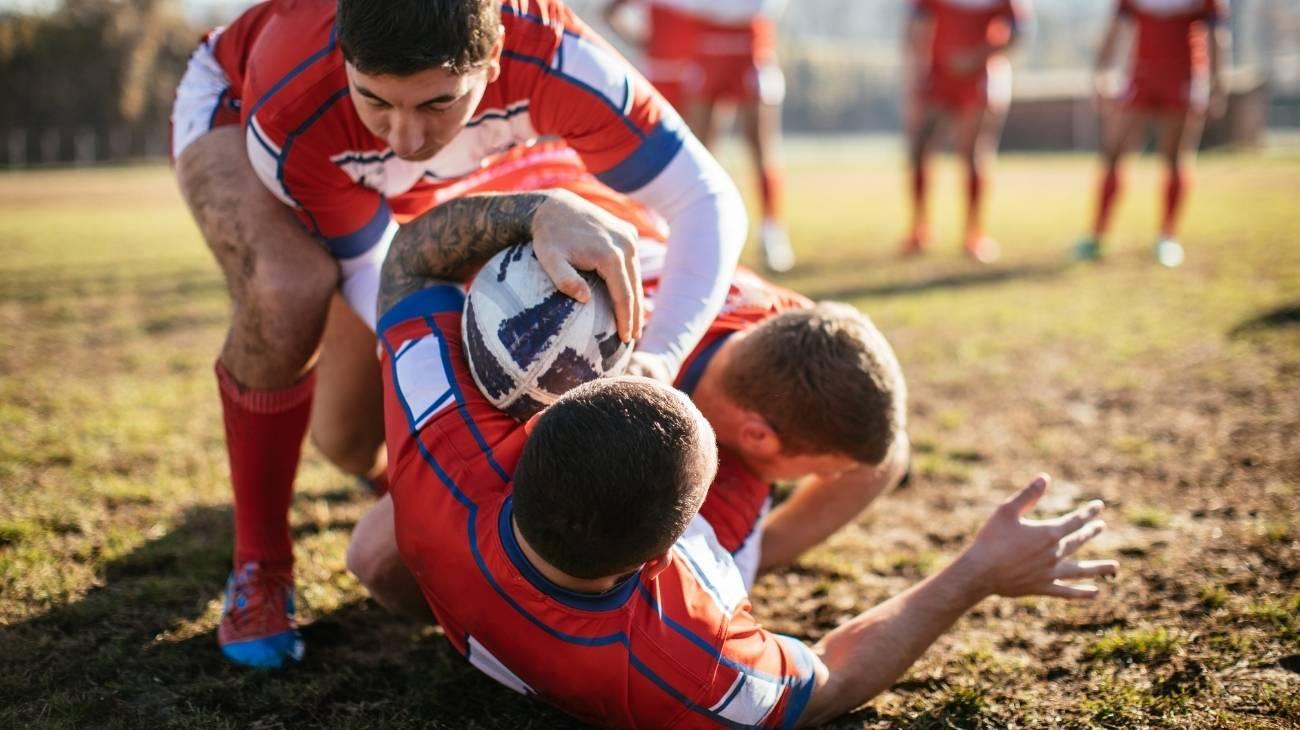 ¿Cómo elegir las mejores hombreras deportivas de compresión para rugby?