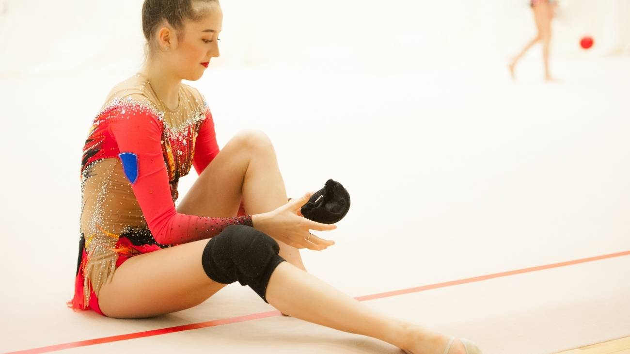 How to choose the best knee sleeves & braces for gymnastics?
