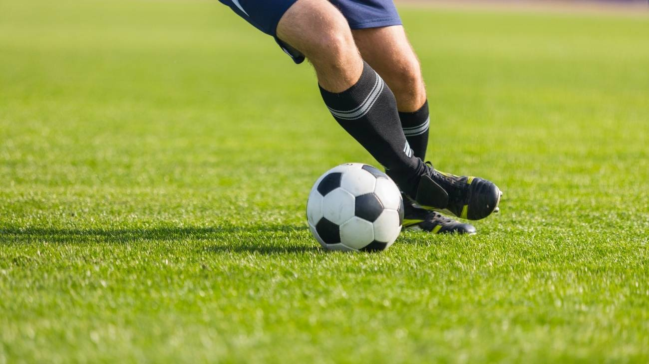 Buying Guide: How to choose the best ankle sleeves & braces for soccer?
