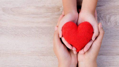 ¿Cómo puede la esterilla de acupresión mejorar la hipertensión y disminuir la presión arterial?
