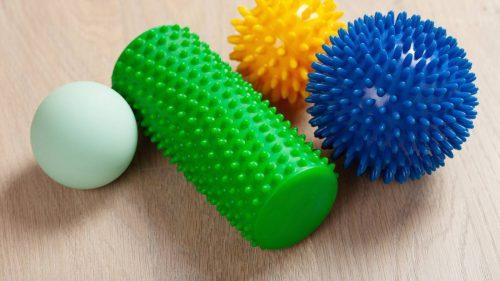 ¿Cómo usar las bolas de masaje miofascial para aliviar el dolor?