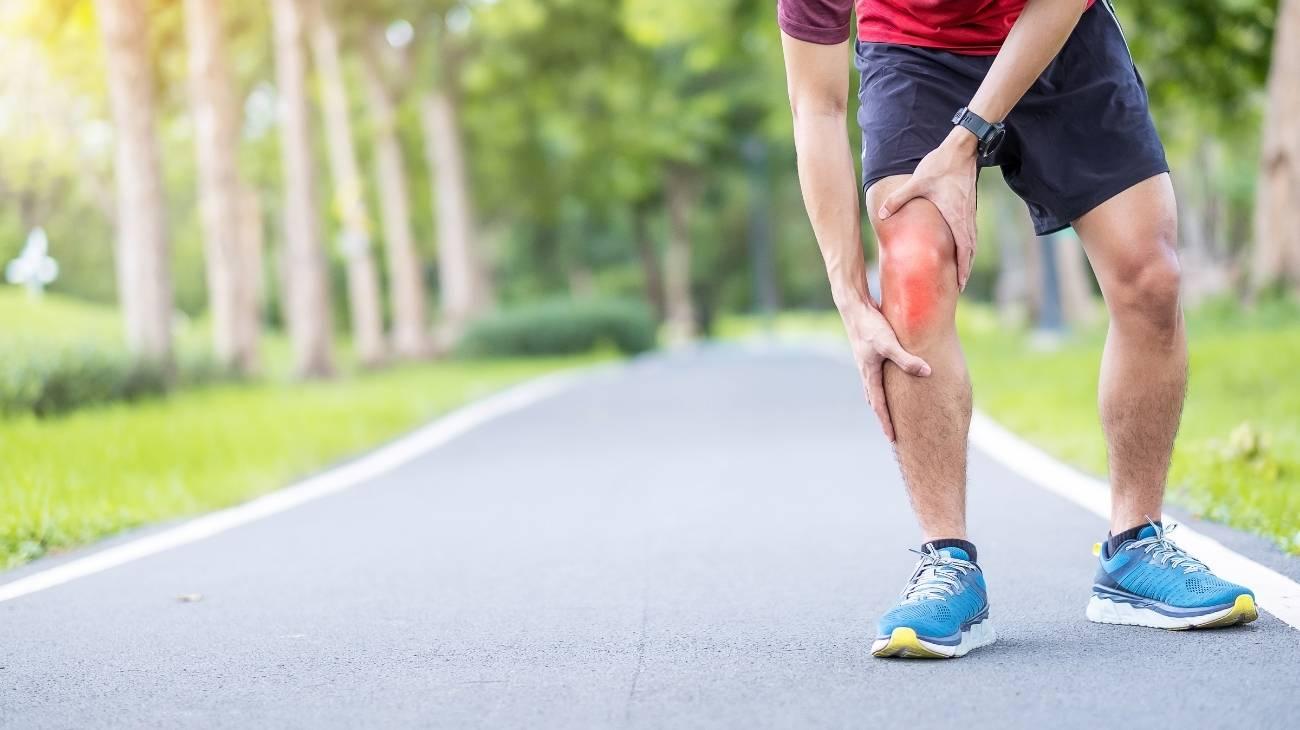¿Cómo usar las bolsas de gel para frío y calor para aliviar el dolor e hinchazón de los tendones por tendinitis?