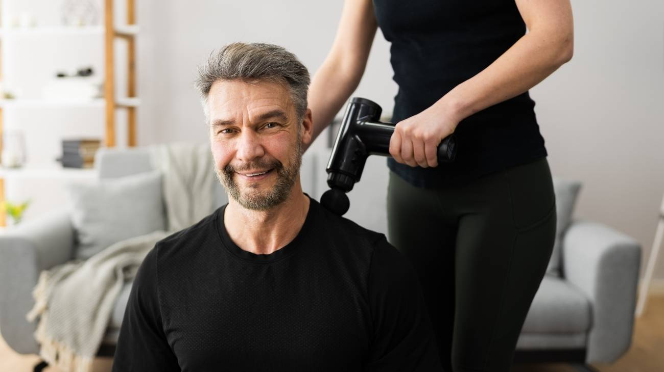 How to use a electric massager gun to pain relief and improve muscle recovery?