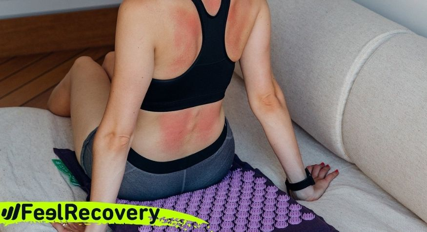 What are the benefits of using an acupressure mat?