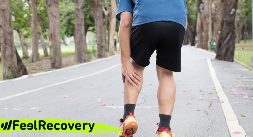 What are the causes and symptoms of calf pain?