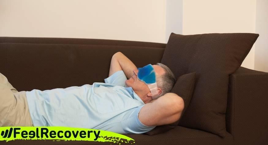 ¿Cuáles son las ventajas de aplicar frío para reducir el dolor de cabeza, ojos hinchados o migrañas?