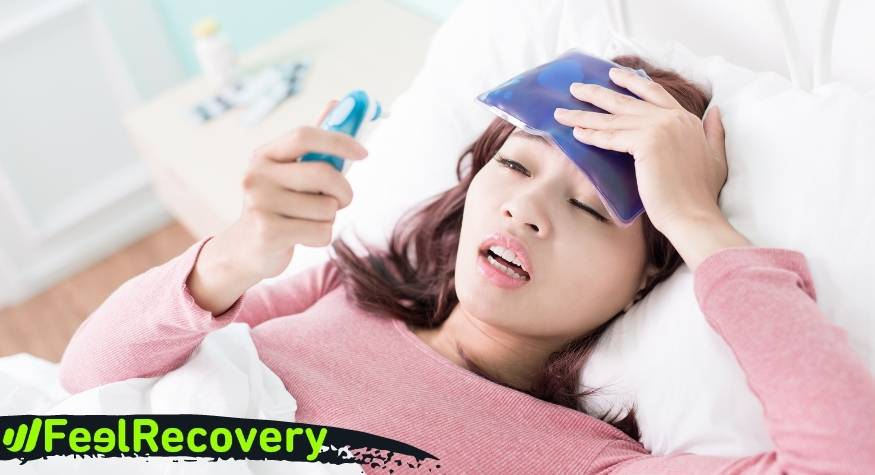 What are the advantages of applying cold to reduce fever in adults and children?