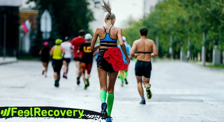 What are the benefits of compression stockings and calf sleeves for runners?