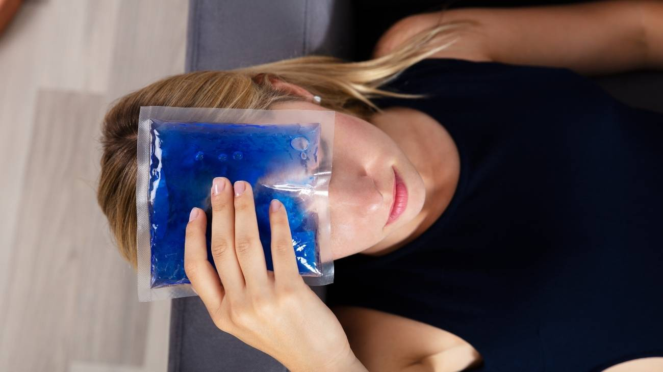 What are ice gel packs made of? Can they be toxic? Can they burn your skin?