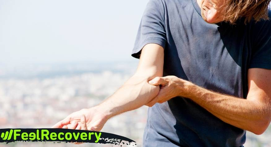 What are the health benefits of compression elbow supports for men and women?