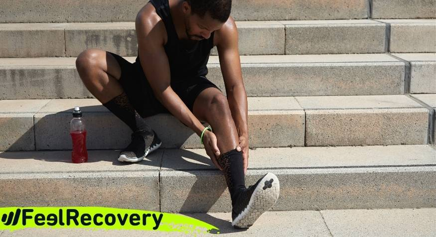 What is ankle tendonitis and what are its symptoms?