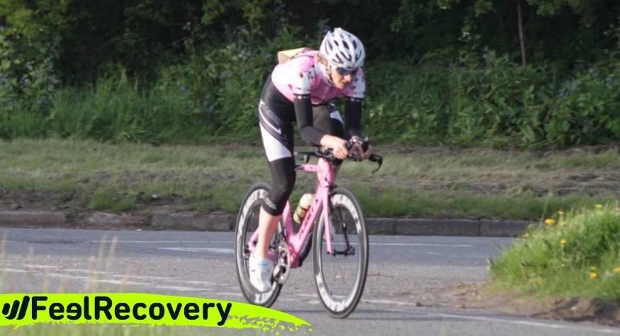 ¿Qué tipo de rodilleras y cintas de compresión son las mejores para lesiones en ciclistas?